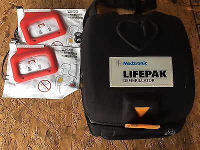 Mdtronic LIFEPAK CR Plus AED Fully Automatic