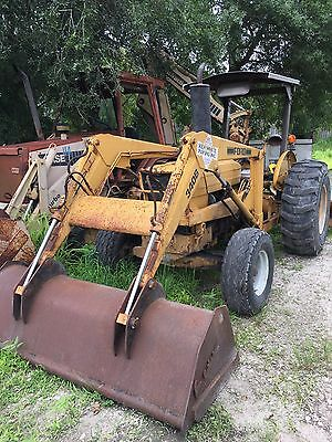 Ford 340b Grade Tractor with bucket