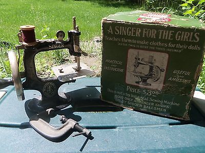 """VINTAGE CHILD'S SINGER SEWING MACHINE with BOX """"Singer for the Girls"""""""