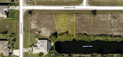 Vacant lot on water, Cape Coral Florida