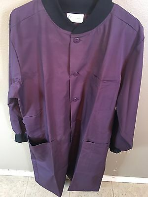 Clinic Wear Size Large Lab Coat