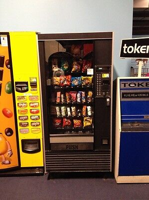 32 Selection Candy Vending Machine