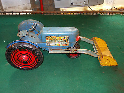 Vintage 1950's Marx Pressed Steel Lithographed Tin Tractor With Loader Large