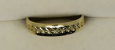 LADIES HALLMARKED 18 ct YELLOW GOLD 2.8 grams SIZE M1/2 DRESS RING  - 68306