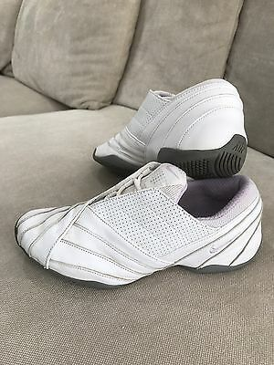 NIKE Air Womens Ladies Dance Cheerleader Sneakers Shoes Size 8 25cm