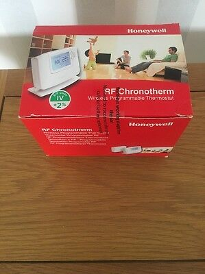 Honeywell CM927 Wireless Programmable 7-Day Thermostat [Brand New]
