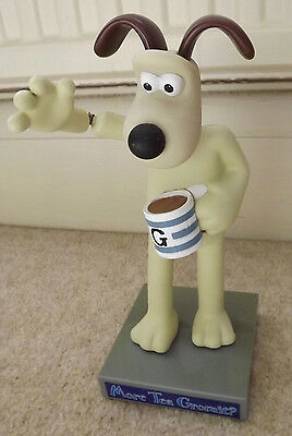 Waving Gromit The Dog For The Car Aardman