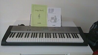 Clavier synthétiseur piano Casio LK-125 touches lumineuses key lighting keyboard