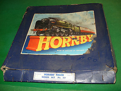 Vintage Hornby Dublo Clockwork Goods Set No.20, 3 Goods Trucks, Track, Boxed