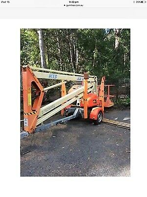 cherry picker man lift boom lift