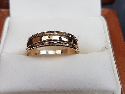 9ct Yellow Gold 5mm Wide Wedding Band Size M