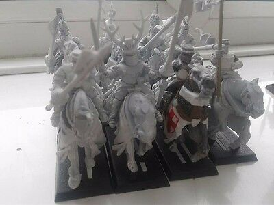Warhammer Fantasy Bretonnian Knights of the Realm x8 Undercoated White OOP