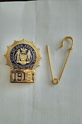 "OBSOLETE 1900S BADGE MUNICIPAL POLICE NEW YORK ""DETECTIVE"" Serial 1918"