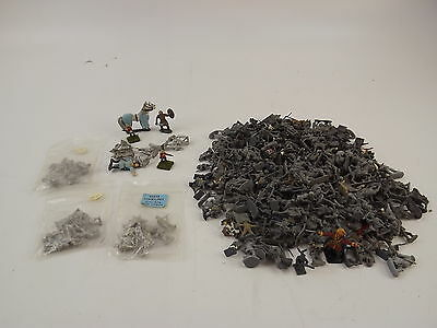 War Games Mixed Assorted Lot Of Metal 15&25MM Soldier Miniatures