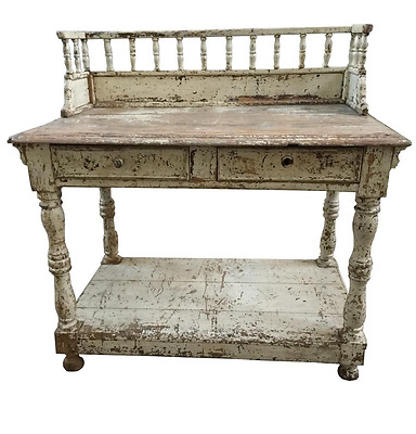 Gorgeous French Shabby Chic White Dressing Table