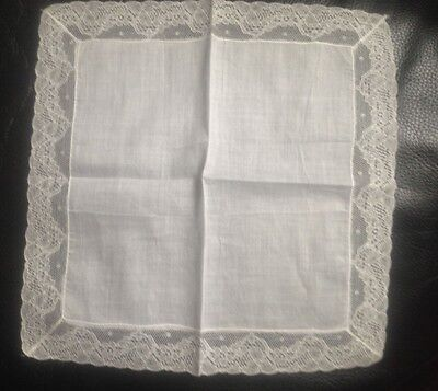 Vintage Lovely Fine White Lace Embroidered   Ladies Handkerchief.. New/old