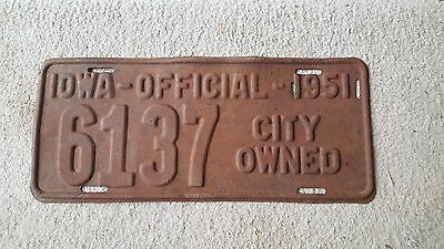 Iowa license plate 1951 city official