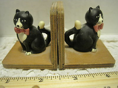 Vintage Cats wood Book End 2x2x2 Kitties Books Case Kids 1988 Wangs Intl Taiwan
