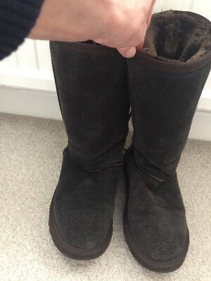 Pair Of Tall Brown Ugg Boots With Tie Laces To The Back , Size W8