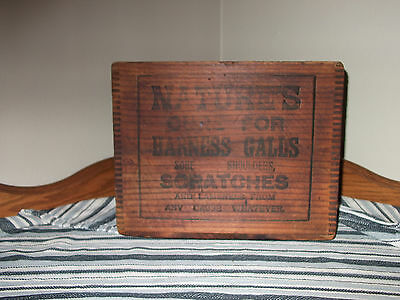 Old Antique Dr. Daniels Wonder Worker Veterinary Dovetail Wood Box