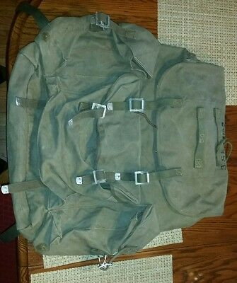 1945 army backpack