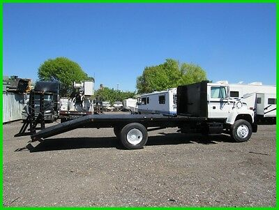 97 Ford F7000 FLAT BED TRUCK