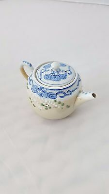 Vintage Retro tiny Chinese-style teapot blue flowers