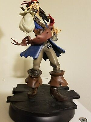 Gentle Giant Pirates of the Carribean Jack Sparrow Animated Maquette Statue