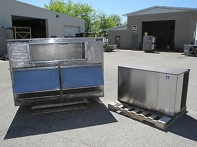 Manitowoc Cube ice machine with storage bin. refurbished.