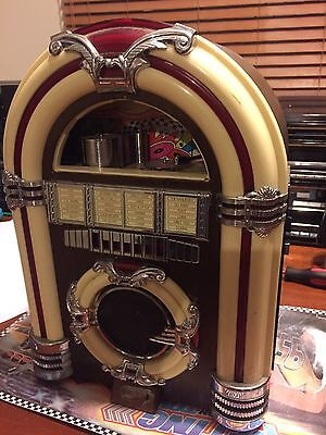 Crosley Mini Jukebox. Classic Cr 11 Collectors Edition Jukebox