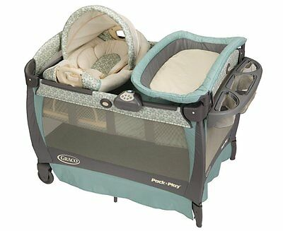 Graco Pack n Play Playard w Cuddle Cove Rocking Seat (Winslet) NEW