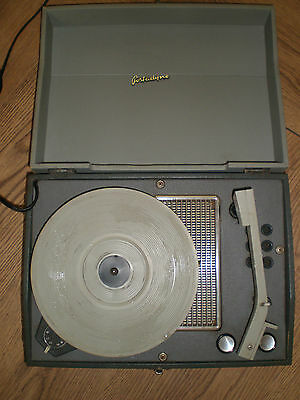 Vintage Retro Collectable 1950-60`s portadyne portable record player working
