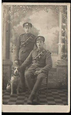 Soldiers And Dog World War Ii ?? Military Theme Postcard  Z12.10