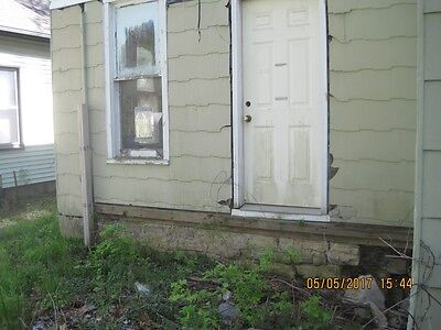 For Sale Fixer Upper House Waterloo, Iowa