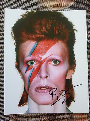 David Bowie Ziggy Stardust Original Hand Signed Autograph 8 x 10 Photo with COA