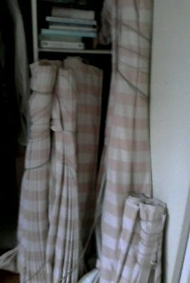 8 Roman blinds fully lined thick well made