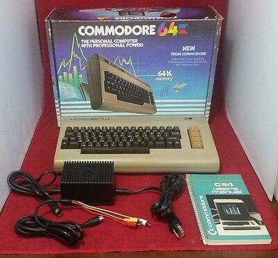 COMMODORE 64 Computer w/Original Box User's Manual Tested and Working SEE PICS!