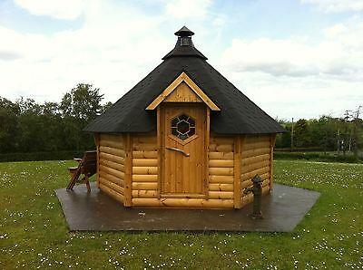Log Cabin BBQ Hut with Accessories, Barbecue and Reindeer Furs