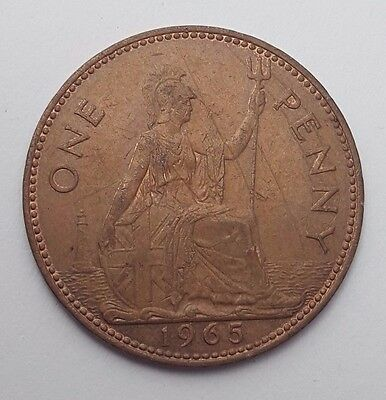 Dated : 1965 - One Penny - Copper Coin - Queen Elizabeth II - Great Britain