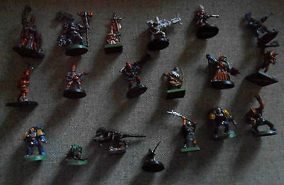 Warhammer Miniature Metal And Plastic Painted Figures Lot Of 19 All Up