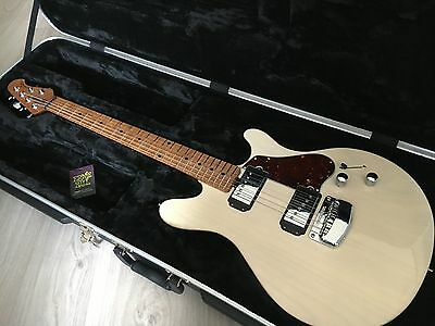 Music Man James Valentine (Telecaster-style meets 335) MusicMan