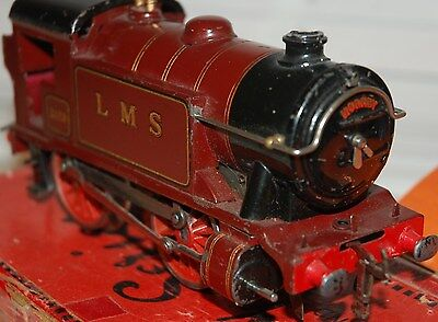 HORNBY SERIES O GAUGE C/W No 1 SPECIAL TANK LOCO IN LMS RED LIVERY BOXED