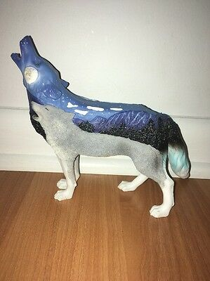 Call Of The Wolf Ice Wolf Figurine