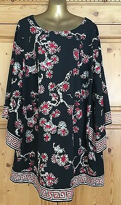 Ladies Size 26 Black & Red Long Length Top From Evans