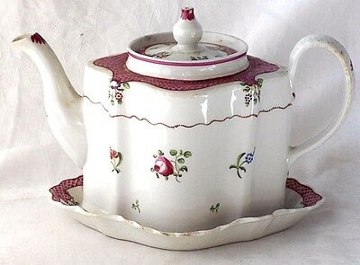 C18Th New Hall Tea Pot, Cover And Stand Pattern Number 173