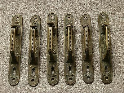 Set 6 Antique Brass Door Handles With Thumb Latch & Keyhole