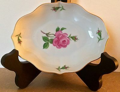 Vtg Mint German Meissen Dish With Roses And Scalloped Gold Trim