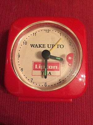 WAKE UP TO LIPTON TEA ALARM CLOCK Vintage Red Advertising