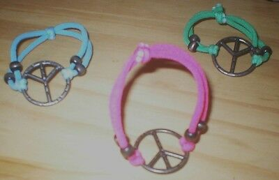 SET OF 3 THREE GIRLS STRETCHY PEACE BRACELETS Pink Blue and Green