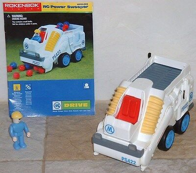 Rokenbok RC Classic Sweeper vehicle with instructions